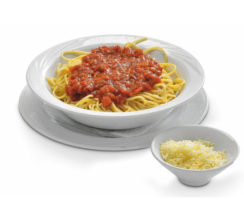Μακαρονάδα με σάλτσα ντομάτας