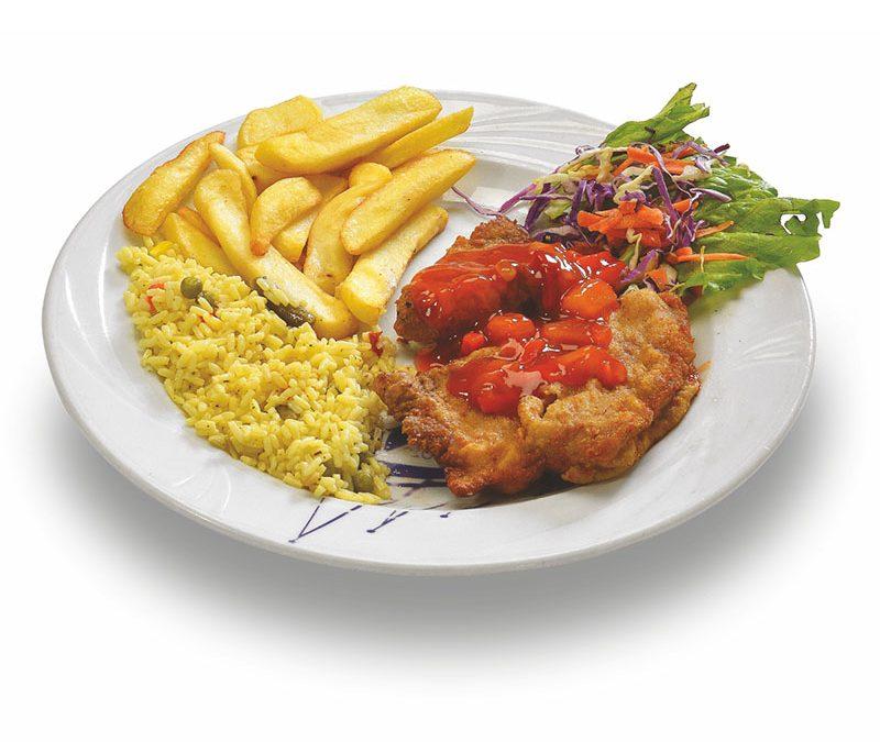 Σνίτσελ κοτόπουλο με γλυκόξινη σάλτσα